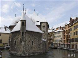 Warm up to budget-friendly winter travel in Europe