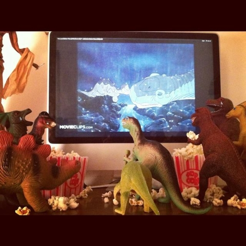 Susan and Refe Tuma dedicate the month of November every year to making their children believe their toy dinosaurs come to life at night. (Dinovember/Facebook)