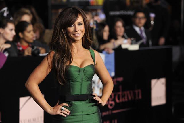 Jennifer Love Hewitt temporarily quit Twitter in July 2013, citing all the negativity she saw on the service. Twitter burnout among celebrities, athletes and shameless self-promoters poses a risk  ...