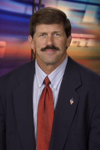 This 2002 photo provided by ESPN shows college football analyst Todd Christensen. Former Raiders tight end and five-time Pro Bowler Christensen died from complications during liver transplant surg ...