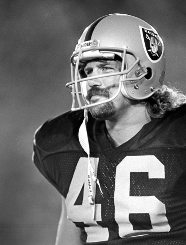 FILE - This Aug. 15, 1987, photo provided by the NFL shows Los Angeles Raiders tight end Todd Christensen (46) during a preseason football game against the  San Francisco 49ers in Los Angeles. Chr ...