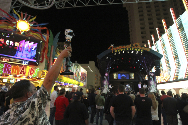 The Las Vegas City Council voted unanimously for a six-month moratorium on new applications for liquor stores on the Fremont Street Experience pedestrian mall between Las Vegas Boulevard and Main  ...