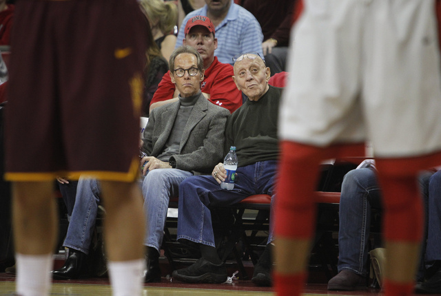 Legendary UNLV head coach and hall of famer Jerry Tarkanian, right, takes in the action against Arizona State at the Thomas & Mack Center in Las Vegas on Nov. 19, 2013. (Jason Bean /Las Vegas Revi ...