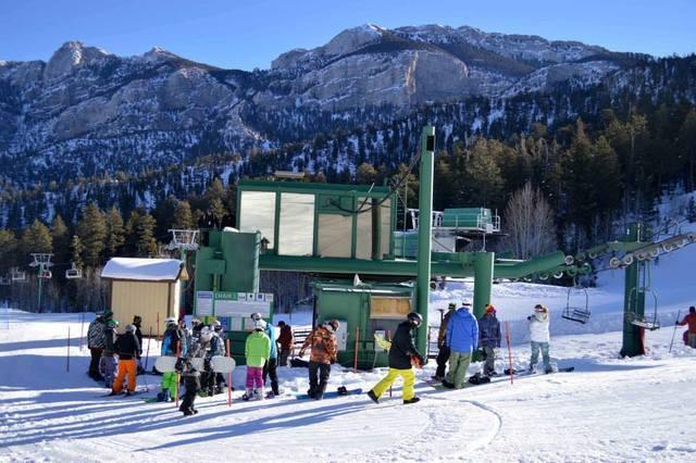 Skiers gather to ride a lift at Las Vegas Ski & Snowboard Resort on Mount Charleston during Friday's opening. (Courtesy Las Vegas Ski & Snowboard Resort/Facebook)