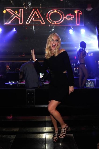 Jenny McCarthy films a TV special at the Hard Rock Hotel this week. This photo is from when she partied at 1 Oak nightclub in the Mirage, in September. Courtesy photo by David Becker/WireImage.