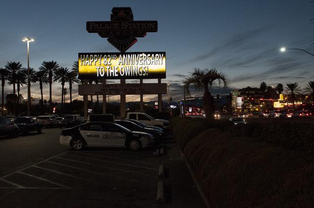 A sign outside of Palace Station hotel-casino in Las Vegas announces the 82nd wedding anniversary of the Owings on Tuesday, Nov. 26, 2013. (Erik Verduzco/Las Vegas Review-Journal)