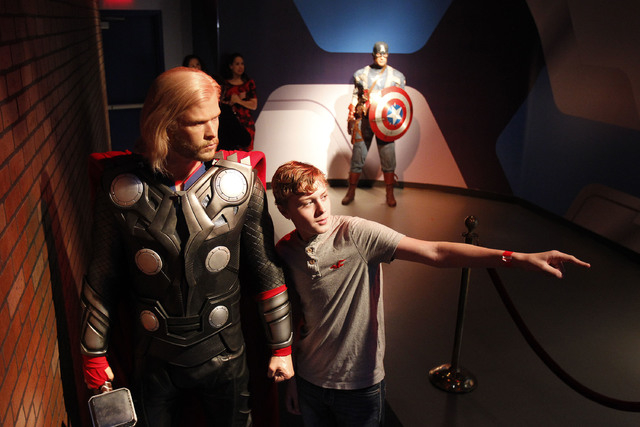 Barry Corcoran poses with a wax figure at Madame Tussauds in Las Vegas Wednesday, Dec. 20, 2013. (John Locher/Las Vegas Review-Journal)