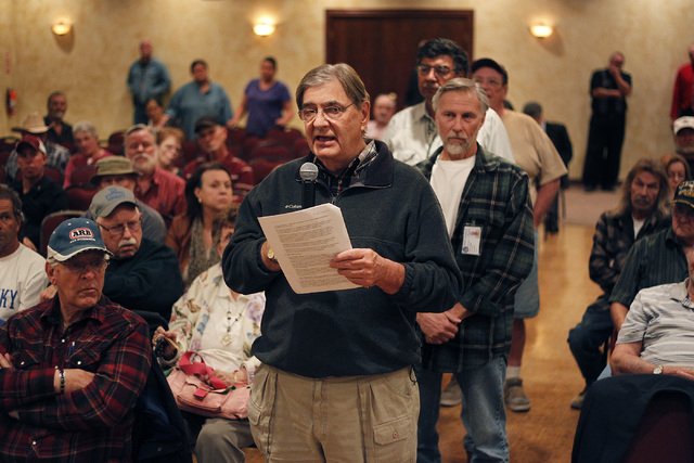 Nye County consultant Michael Voegele asks a question during a U.S. Department of Energy public information meeting regarding the plan to relocate uranium waste to the Nevada National Security Sit ...