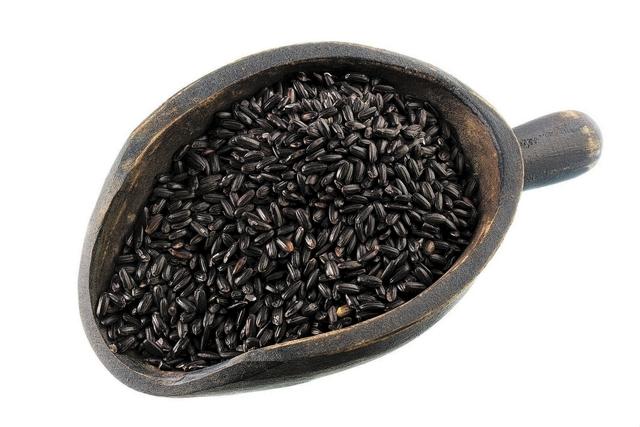 Black Chinese forbidden black rice (Courtesy)