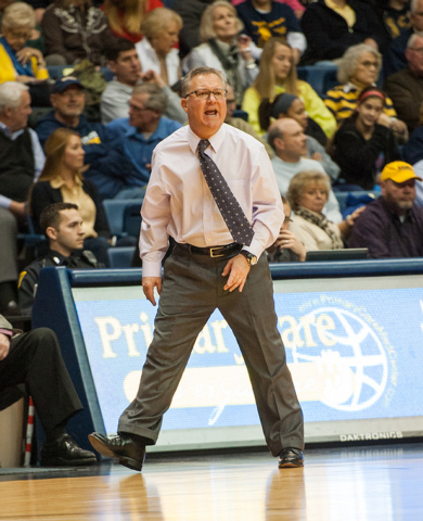In this Dec. 17, 2013 photo, Southern Illinois coach Barry Hinson yells to his team during an NCAA college basketball game against Murray State in Murray, Ky. Hinson lambasted his players after th ...