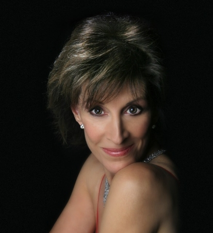 """Deana Martin returns to Cabaret Jazz Dec. 20-22 with """"The Deana Martin Christmas Show,"""" sharing songs — and tales of her dad, showroom legend Dean Martin."""