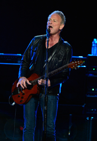 Singer/guitarist Lindsey Buckingham of Fleetwood Mac performs at the MGM Grand Garden Arena on Monday, Dec. 30, 2013. (David Becker/Las Vegas Review-Journal)