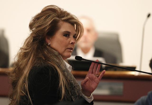 Lisa Willardson testifies at the disciplinary hearing of Family Court Judge Steven Jones at the Las Vegas Convention Center in Las Vegas Wednesday, Dec. 4, 2013. (John Locher/Las Vegas Review-Journal)