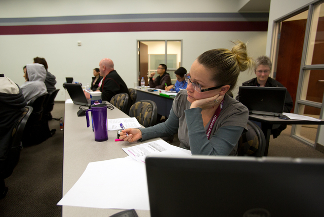 Patricia Schooling attends a neurological course at Roseman University of Health Sciences on Nov. 20. (Samantha Clemens/Las Vegas Review-Journal)