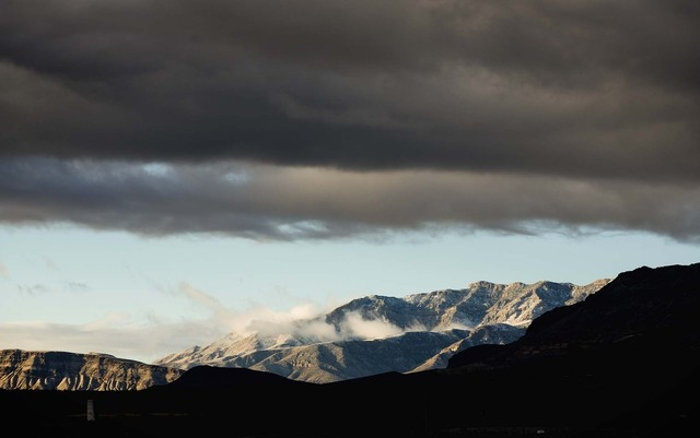 A morning view of Mount Potosi  as seen from Interstate 215 and Town Center Drive on Wednesday, Dec. 4, 2013. The National Weather Service has issued a hard freeze warning for the area. (Jeff Sche ...