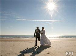10 expert tips for an affordable and memorable destination wedding