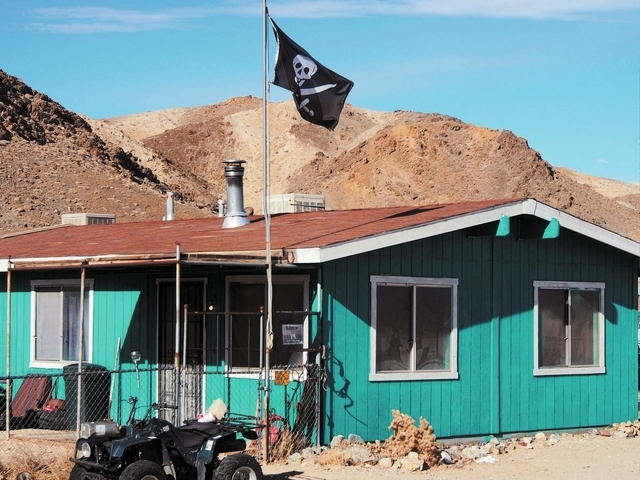 Locals in Silver Peak, Nev., say that this apartment, seen Tuesday, Dec. 31, 2013, is where Charles Kinkel III and Colman Ward were staying at one time. Ward has been arraigned for the murder of K ...