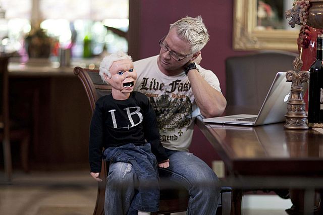 """Brace gets to know his dummy doppelganger, Lil B, on Showtime's """"Gigolos."""" (Josh Caine/Courtesy of Showtime)"""