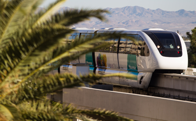 The Las Vegas Monorail heads northbound towards the MGM Grand in Las Vegas on Wednesday. (Chase Stevens/Las Vegas Review-Journal)