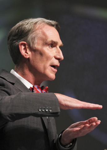 """TV's """"Science Guy"""" Bill Nye speaks during a debate on evolution with Creation Museum head Ken Ham, not shown, at the Creation Museum Tuesday, Feb. 4, 2014, in Petersburg, Ky. Ham believe ..."""