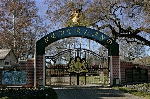 The entrance to pop star Michael Jackson's Neverland Ranch home is seen in Santa Ynez, Calif.  (AP Photo/Mark J. Terrill, File)