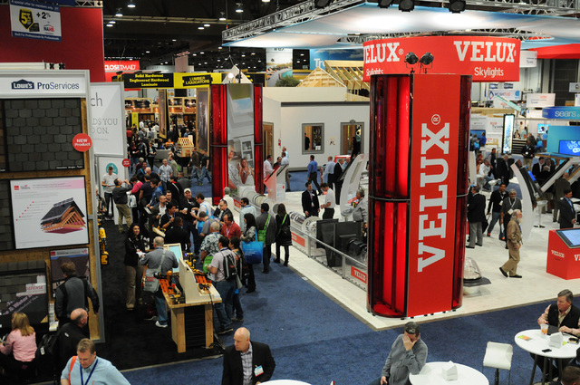 Two shows more options for home industry underway at las for Las vegas kitchen and bath show