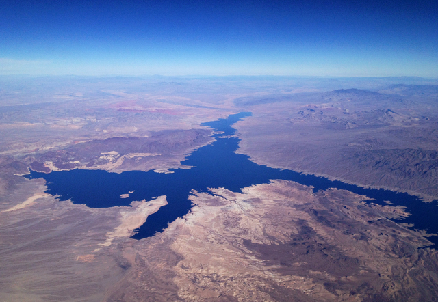 Lake Mead is seen from the air Dec. 27, 2013. (John Locher/Las Vegas Review-Journal File)