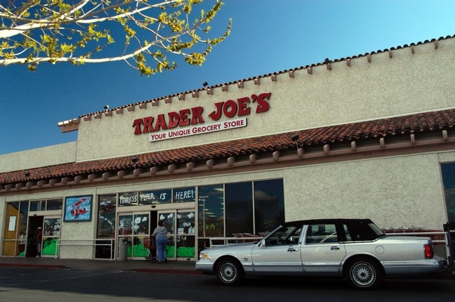Trader Joe's is opening a new location in Summerlin in 2014. The chain's Henderson location is shown in this 2006 photo. (File, Steve Andrascik, Las Vegas Review-Journal)