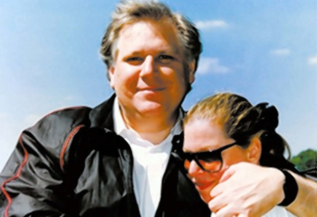 Howard and Barbara Kenig met in Detroit, where Howard hosted a car talk radio program and she was assigned to be his producer. (Special to View)