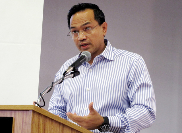 Farok Sharif, president of the Nuclear Waste Partnership speaks during a community meeting in Carlsbad, N.M.  New Mexico Sen. Tom Udall says he will ask the Environmental Protection Agency to send ...