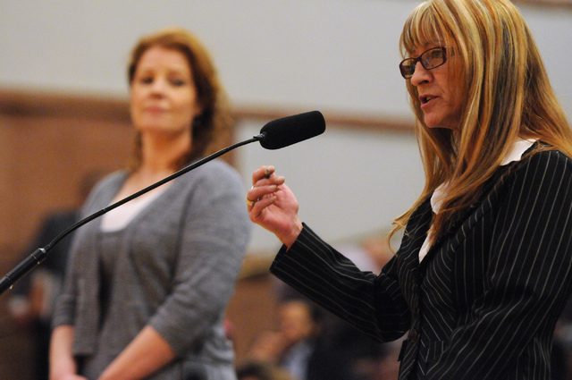 Vicki Higgins, right, secretary of the marijuana patient advocate group WECAN, speaks in favor of a new ordinance that would allow medical marijuana dispensaries in Clark County during a public me ...