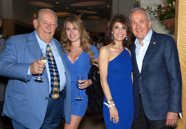 Robin Leach, from left, Elise Hansen, and Camille and Larry Ruvo