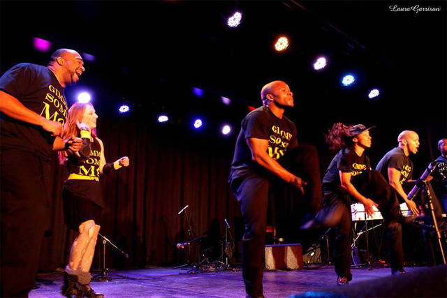 Antwon Davis, Elaine Alcorn, Jason Nious, Angie Freeman, Khalid Freeman and J R beatbox of Molodi perform at a 2013 competition. (Laura Garrison/Special to View)