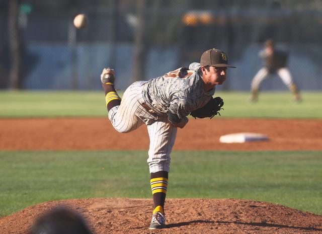 Bonanza's Alec Taft (13) pitches against Green Valley on Friday. Bonanza won, 9-5. (Chase Stevens/Las Vegas Review-Journal)