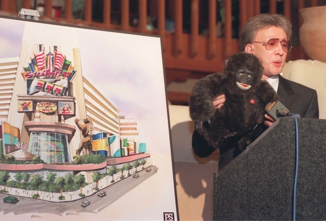 Local 1 10 96 Bob Stupak holds up King Kong during a press conference at the Thunderbird Hotel announcing a new Stratosphere Tower attraction Photo by Clint Karlsen