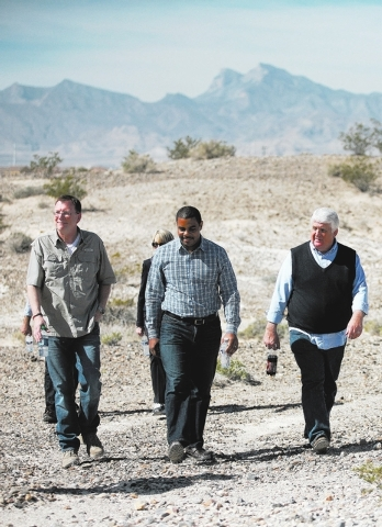 Ronda Churchill/Las Vegas Review-Journal Jon Porter, former representative for Nevada's 3rd Congressional district, from left, Rep. Steven Horsford, D-Nev., and Rep. Rob Bishop, R-Utah, tour a p ...