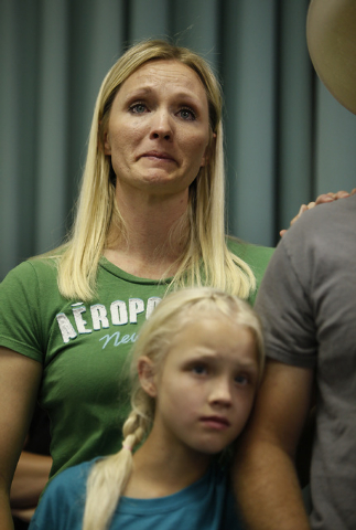 Kellie Houston, neice of Cliven Bundy, cries after speaking at a public meeting in the Moapa Valley Community Center in Overton, Nev. Wednesday, April 9, 2014. The meeting was about the roundup by ...