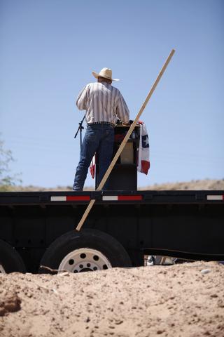 Rancher Cliven Bundy speaks at a press conference near Bunkerville, Nev. Thursday, April 24, 2014. (John Locher/Las Vegas Review-Journal)