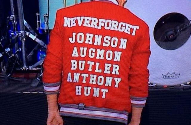 Killers lead singer Brandon Flowers got attention Saturday after wearing a jacket honoring UNLV's 1989-1990 championship team while performing in Dallas. (NCAA March Madness Music Festival)