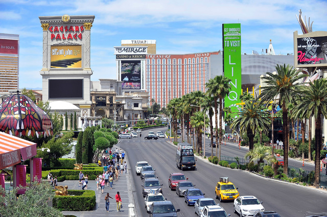 The Strip north of Flamingo Road is seen Sunday, April 27, 2014. (David Becker/Las Vegas Review-Journal)