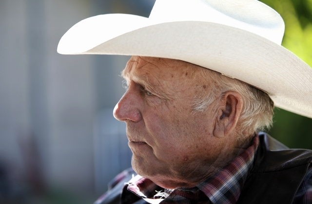 Rancher Cliven Bundy speaks with the media at his ranch near Bunkerville, Nev. Tuesday, April 29, 2014. (John Locher/Las Vegas Review-Journal)