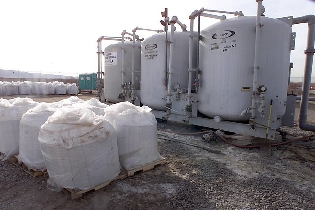 Kerr-McGee equipment uses ionization resin -- shown here in white bags -- to remove perchlorate from groundwater. (File, Gary Thompson/Las Vegas Review-Journal)