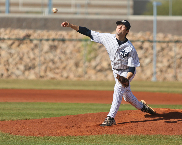 Spring Valley's Michael Macove pitches during a baseball game against Palo Verde on Tuesday. Palo Verde won 6-5. (Ronda Churchill/Las Vegas Review-Journal)