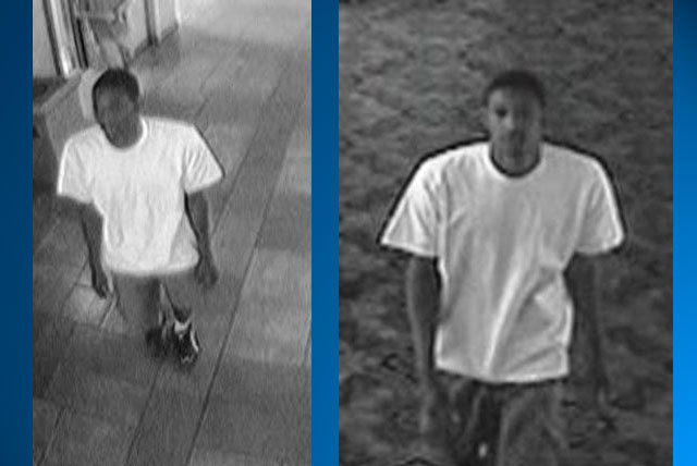 Las Vegas police are seeking this man in connection with a robbery of an older woman on Monday near Flamingo and Paradise roads. (Courtesy/Las Vegas Metropolitan Police Department)