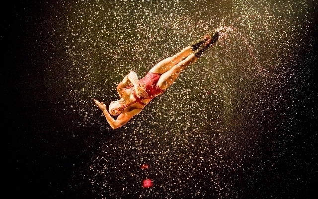 Le Reve\' lives up to its nature of a dream – Las Vegas Review-Journal