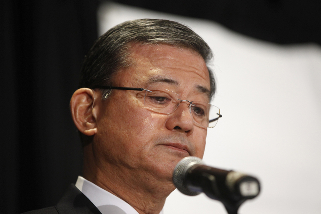 Veterans Affairs Secretary Eric Shinseki pauses as he speaks at a meeting of the National Coalition for Homeless Veterans on Friday, May 30, 2014, in Washington. Shinseki resigned Friday after a p ...