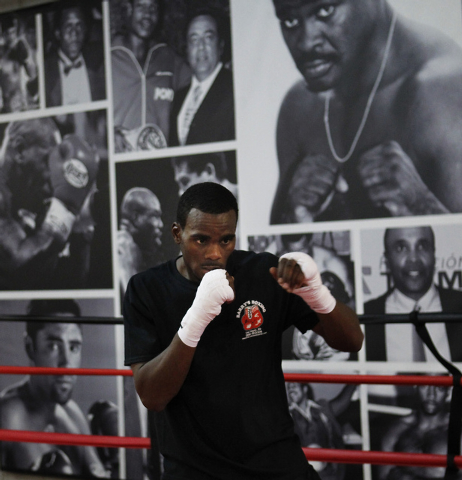 Local super middleweight boxer Jamie Swanson trains for the upcoming National Golden Gloves tournament at Barry's Boxing Center in Las Vegas on May 8, 2014. (Jason Bean/Las Vegas Review-Journal)