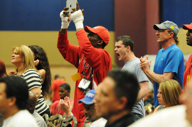 Fans cheer during a boxing match at the Golden Gloves Tournament of Champions at the LVH casino-hotel in Las Vegas Wednesday, May 14, 2014. (Erik Verduzco/Las Vegas Review-Journal)
