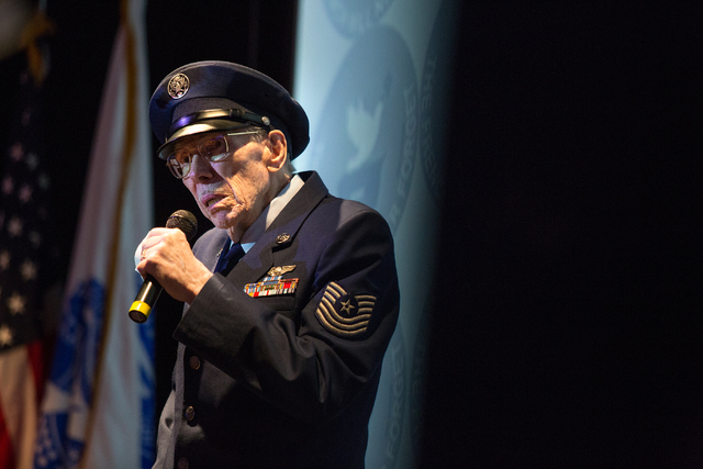 Davis B. Leonard, 91, talks to those in attendance  during a ceremony where he was awarded the Legion of Honor for his service in World War II at the Silverton on Friday, May 30, 2014. (Samantha C ...