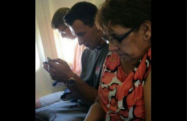 Johnny Football stuck in the middle seat. (@PTI/Twitter)